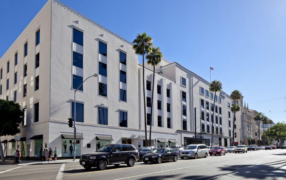 Street view of Wilshire Rodeo Plaza building